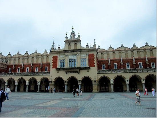 krakow-cloth-hall